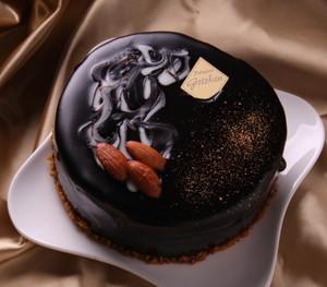 バレンタイン限定ベルギーチョコレートケーキ【五島軒】